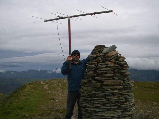 Dave, M0TAZ with the beam on the summit of Dale Head.