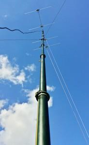 70MHz DK7ZB 12.5r Yagi on Racal PU12 mast.